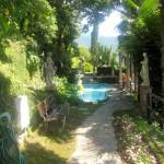 Scherrer Gardens copyright onlineflwoergarden.com