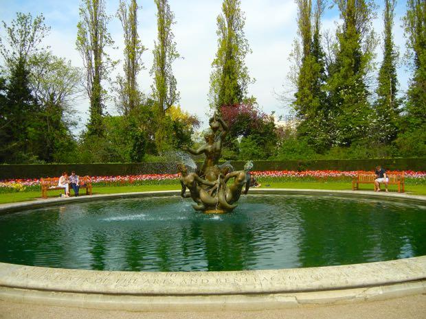 Pool, Regent's Park